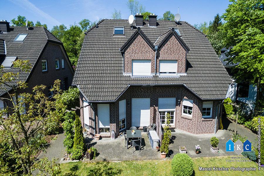 moderne Doppelhaushalte in 40885 Ratingen Lintorf